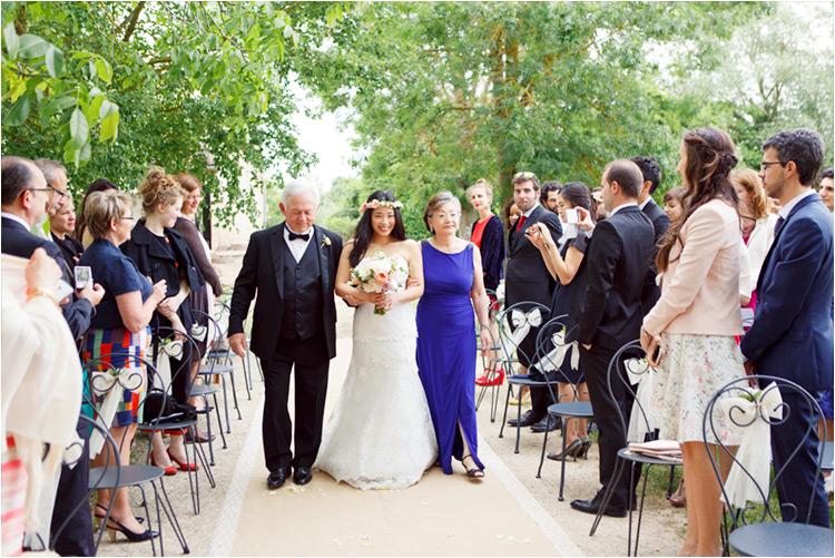 La mariée avec ses parents au moulin de Nartaud